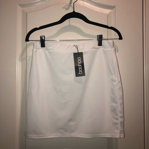 Fitted mini skirt in ivory